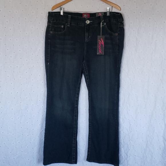 Torrid new boot cut blue jeans 20